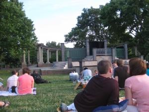 Schiller Park stage
