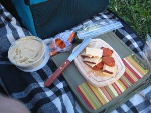I heart picnics!