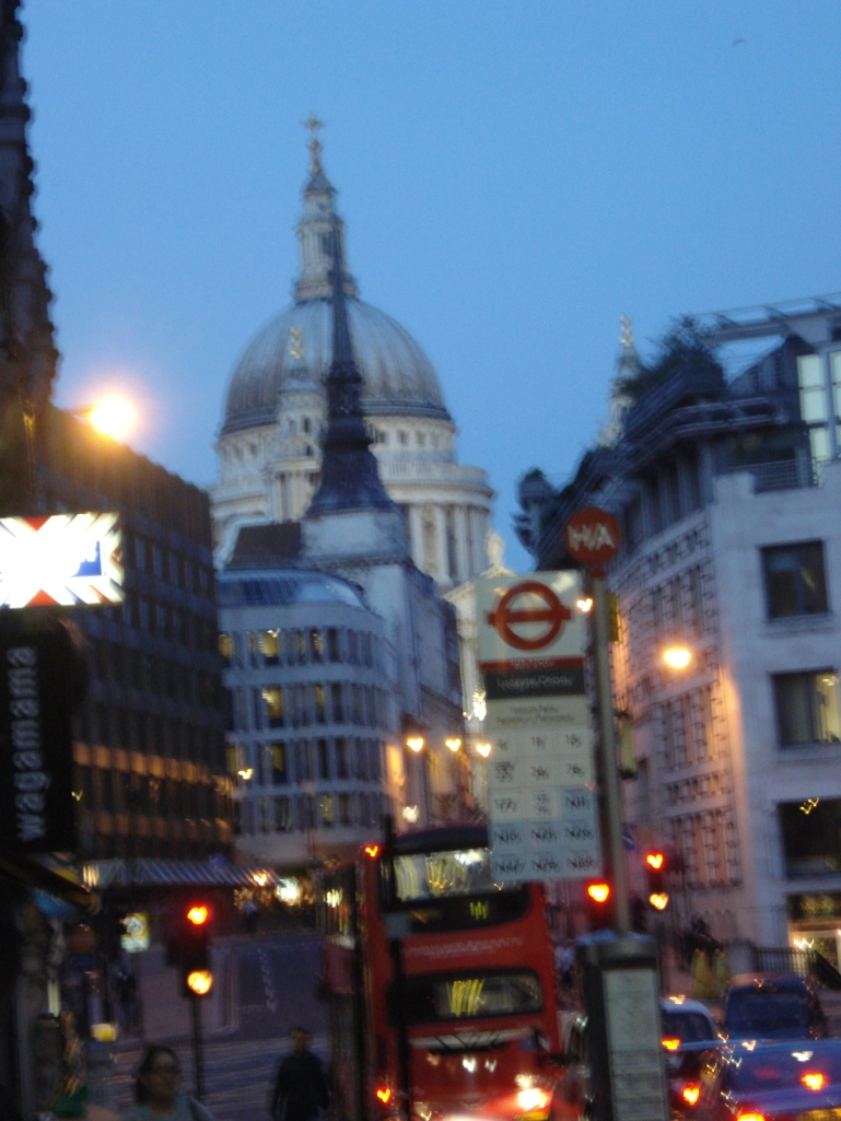 blurry_london3